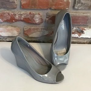 OLD NAVY Opened Toe Wedges Gray Patent